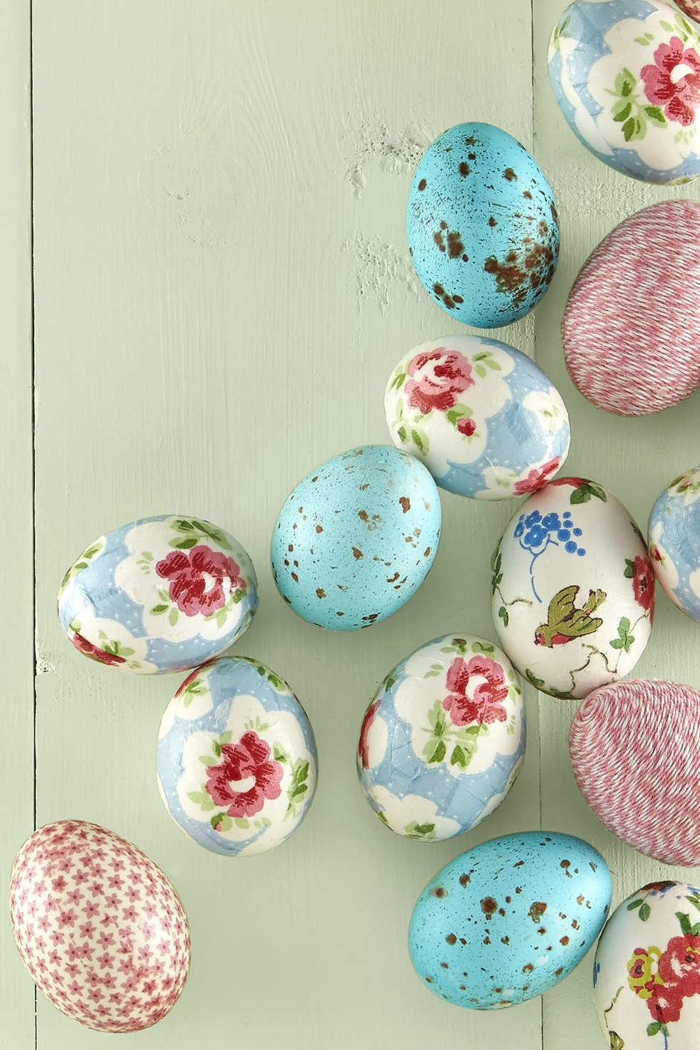 designs creative ideas for decorating easter eggs country living