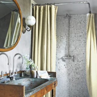 use our rustic bathroom decor ideas to give your bathroom a relaxed flea market feel - Designing Your Living Room Ideas