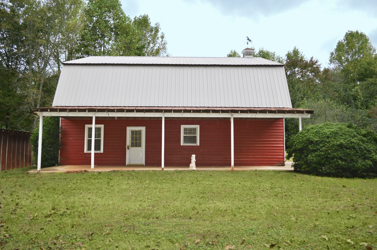 6 barn homes for sale across america barns for sale for Barn homes kits for sale