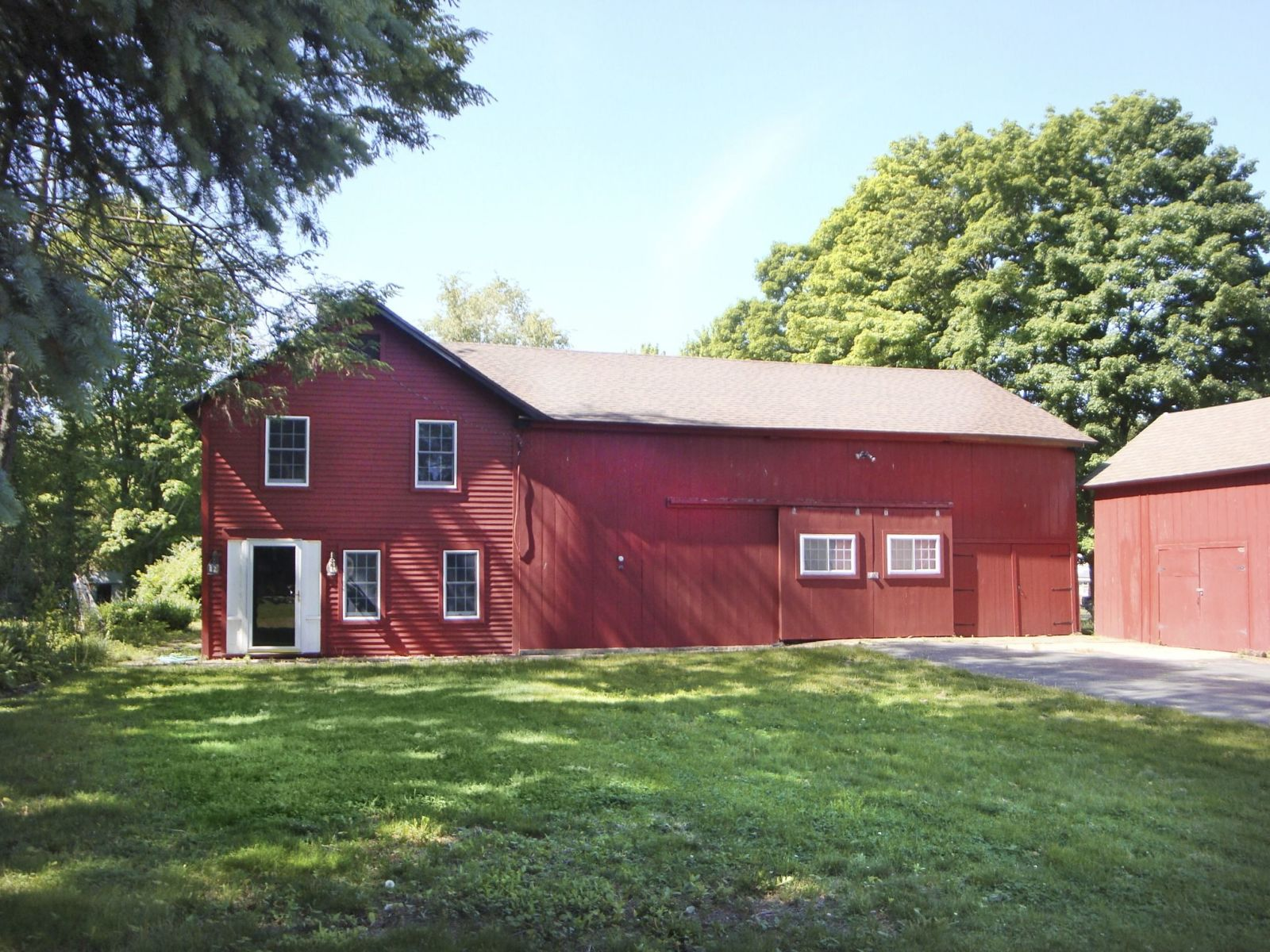 6 barn homes for sale across america barns for sale for Barn home builders near me