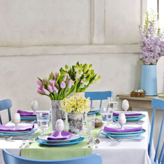 these charming centerpieces will get your easter celebration hopping - Spring Party Decorating Ideas