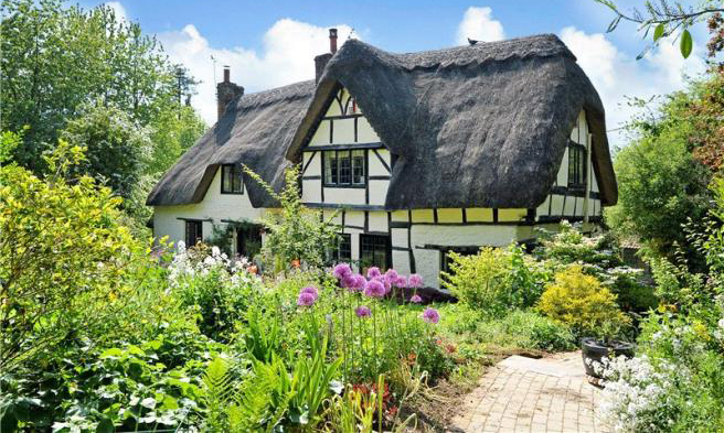 this thatched english cottage for sale is pure magic wiltshire england homes for sale. Black Bedroom Furniture Sets. Home Design Ideas