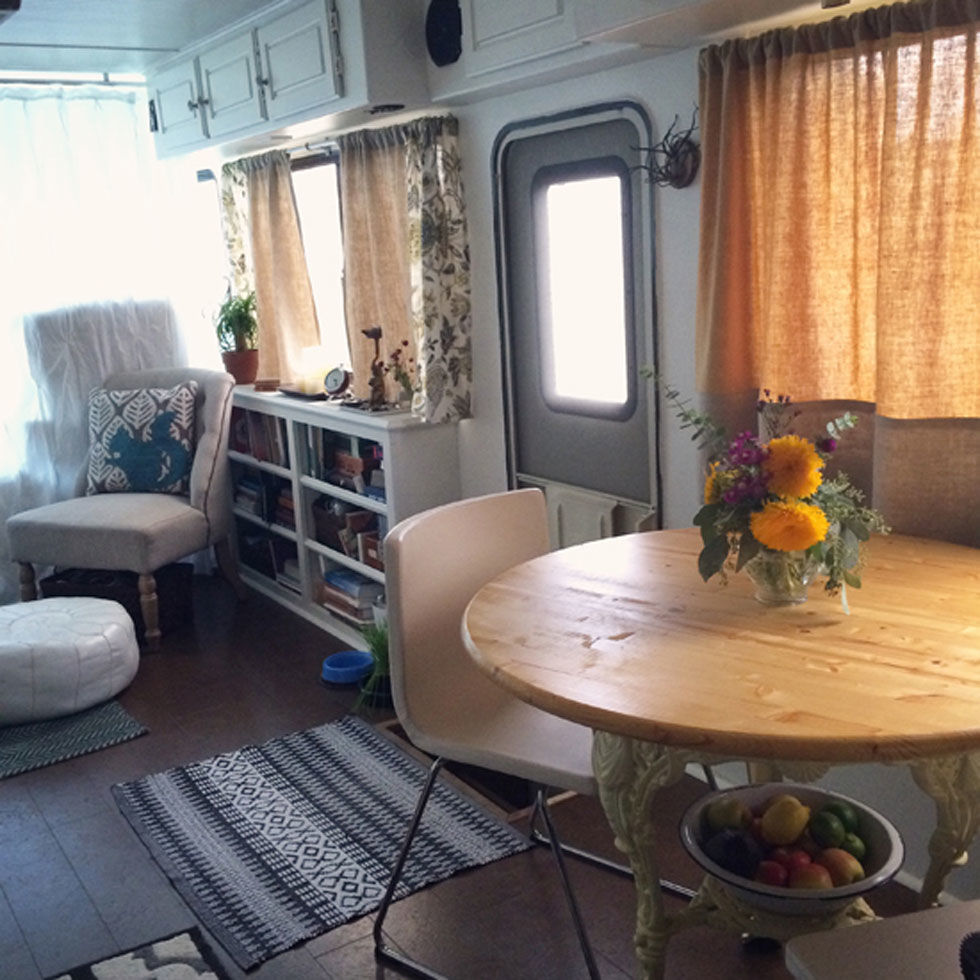Lacy Young Rv Makeover Rv Decorating Ideas