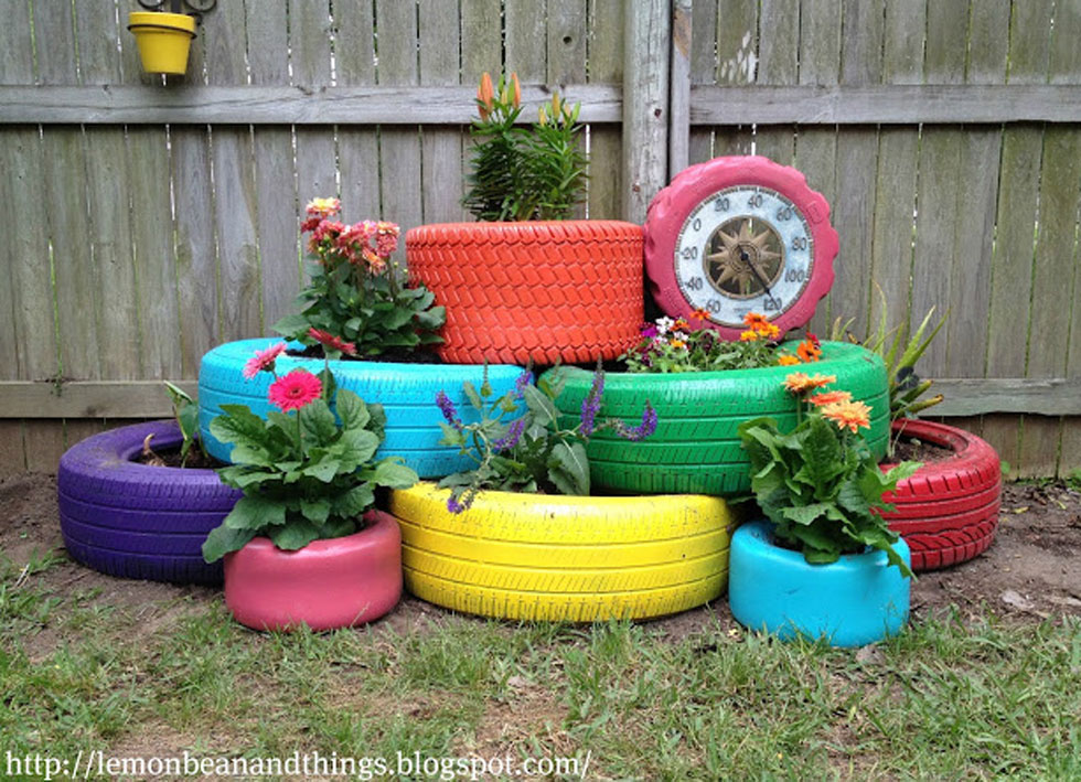 Wooden Garden Planters Ideas 10 creative diy garden planters made from upcycled finds diy planter box 10 Creative Diy Garden Planters Made From Upcycled Finds Diy Planter Box