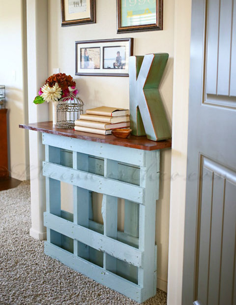 Wood pallet crafts easy craft ideas - Idee deco avec palette ...