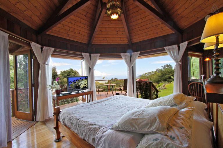 Peek Inside This Octagon Shaped Tropical Getaway