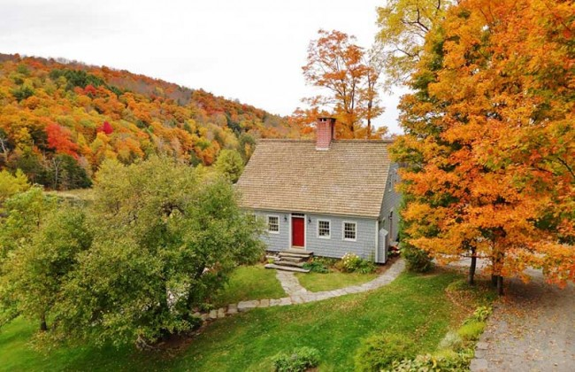 The perfect country house historic house for sale in vermont for Cost of building a house in vermont