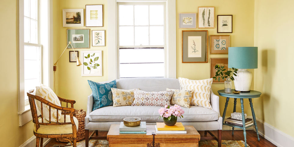 This pretty, layered living room—pulled together in less than two weeks!—proves one-of-a-kind style is just a click away! See how it was decorated using only scores from eBay, Etsy, and Craigslist.