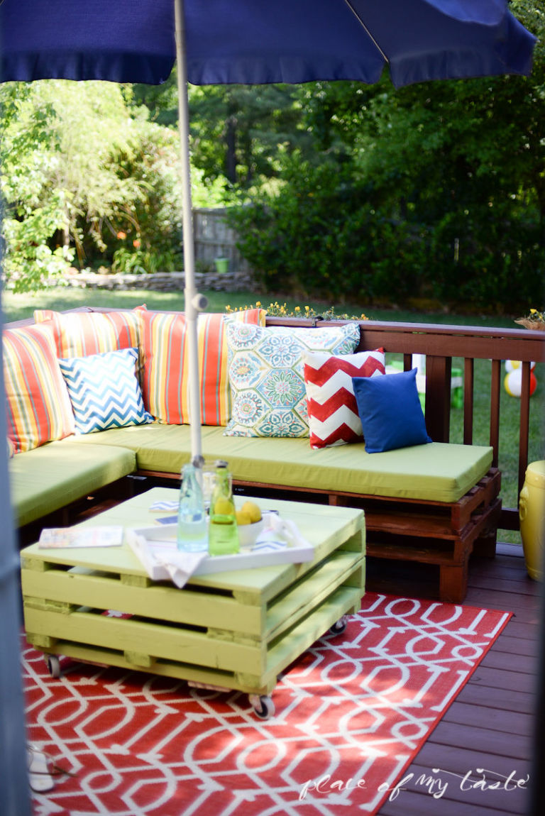 This Pallet Filled Patio Will Inspire You To Decorate Your Deck ASAP