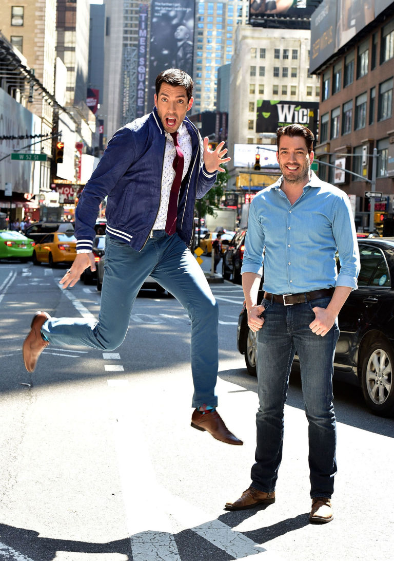 17 things you didnu0027t know about the property brothers - How Tall Is Jonathan Scott