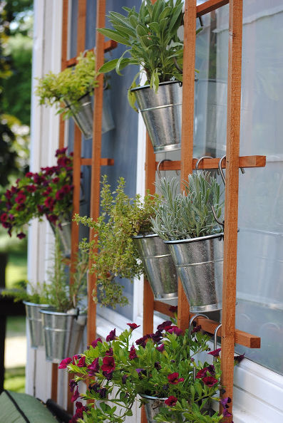 Lovely 7 Vertical Herb Garden