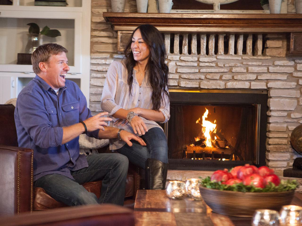 fun facts about chip and joanna gaines hgtv 39 s fixer upper stars. Black Bedroom Furniture Sets. Home Design Ideas