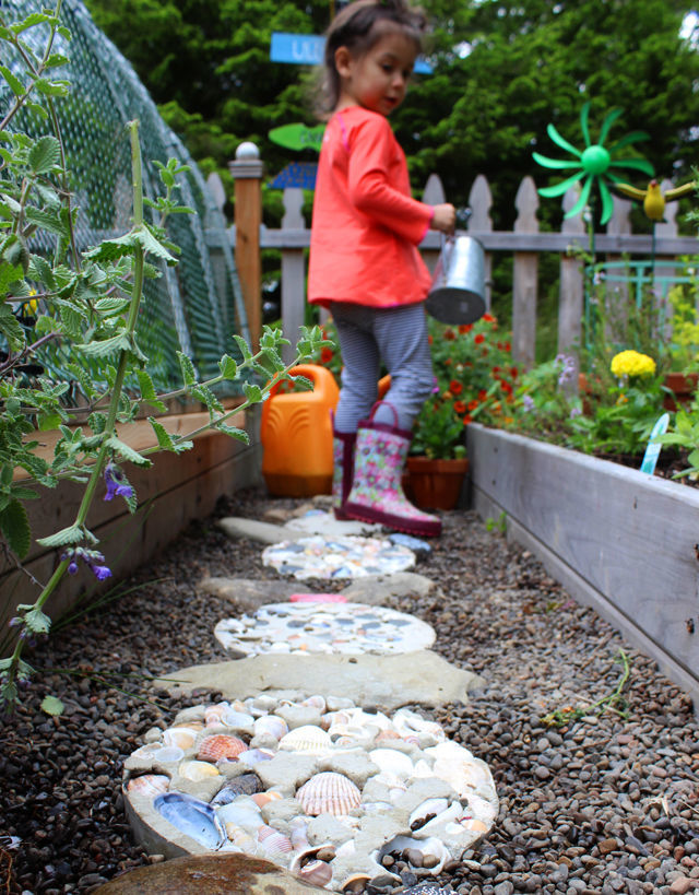 13 dreamy diy garden paths for your backyard