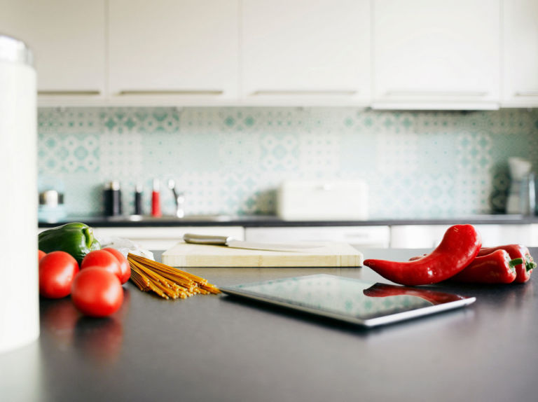 5  They wipe down the kitchen counters. Home Cleaning Tips   Everyday Cleaning Tips