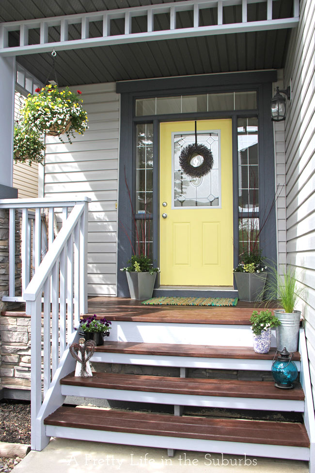 Diy porch d cor diy outdoor d cor for Front porch makeover ideas