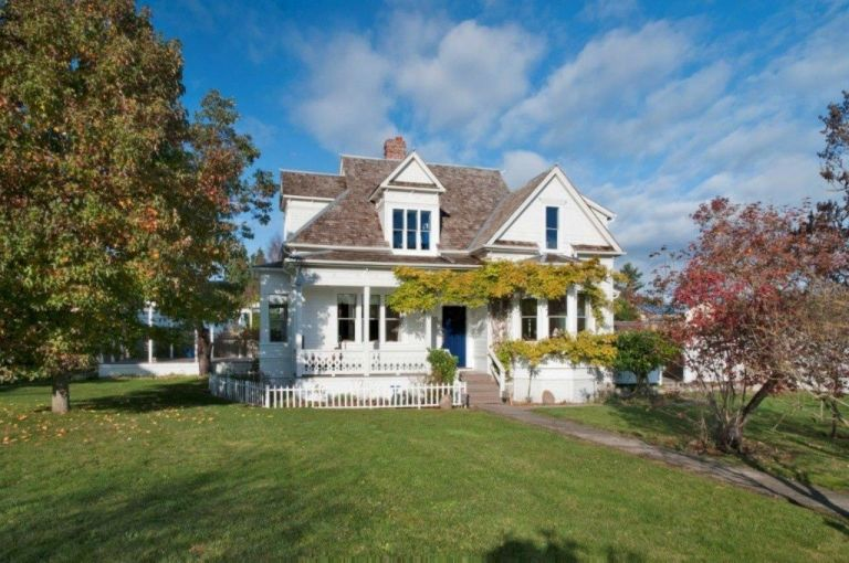 Victorian style homes for sale california