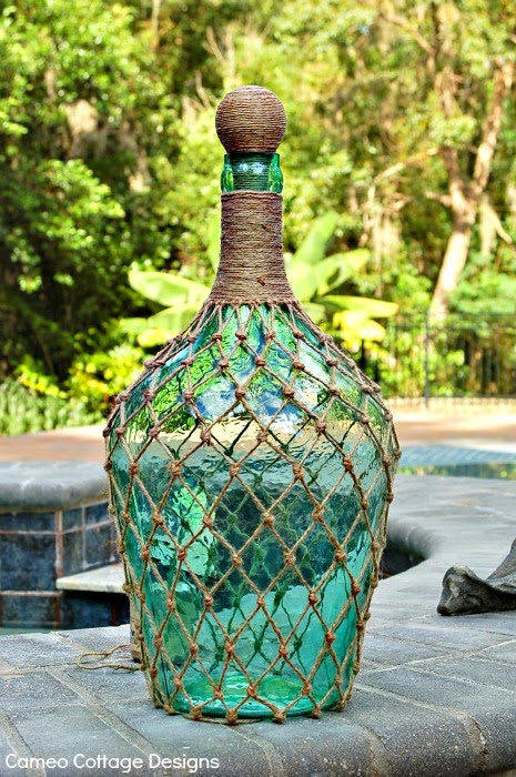 24 diy wine bottle crafts empty wine bottle decoration ideas for Outdoor decorating with wine bottles
