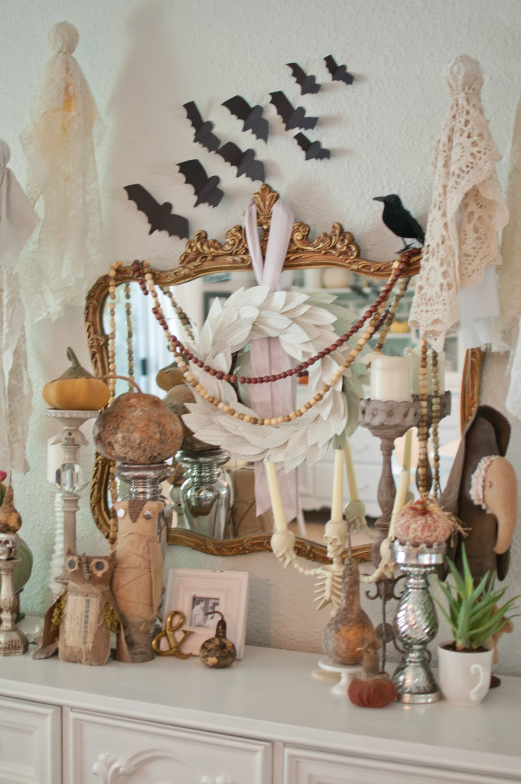 35 fall mantel decorating ideas halloween mantel decorations - Unique Halloween Decorations
