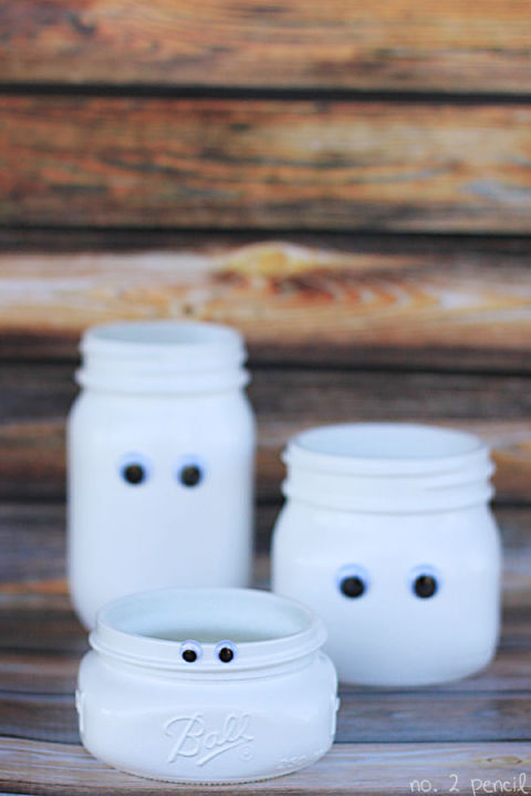 "Let your Mason jar obsession rule all the seasons and have the tykes help out making these adorable ""ghosts."" Get the tutorial at No.2 Pencil."