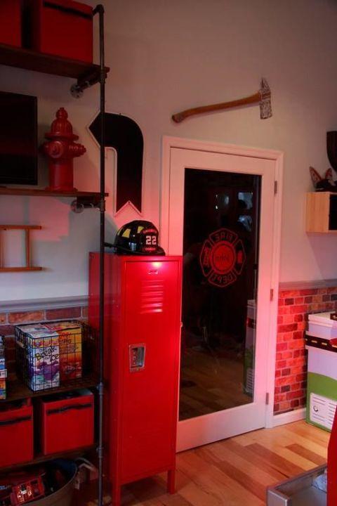 Firefighter Living Room Decor: Firefighter Bedroom Makeover For Terminally Ill Little Boy