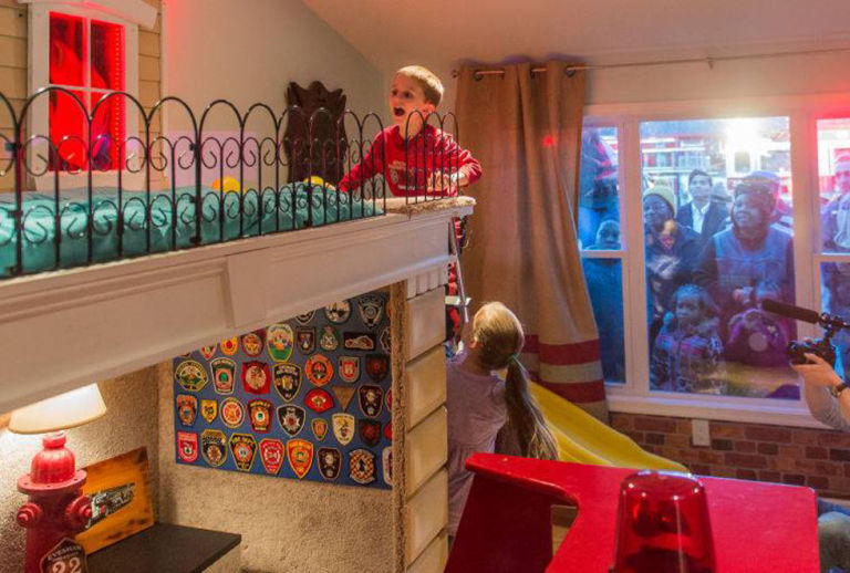 This Terminally Ill Little Boy Wants To Be A Firefighter When He Grows Up.  Thanks To His New Bedroom, His Dream Is Now Coming True .