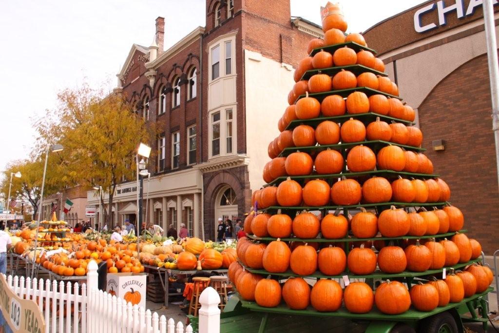 20 fall harvest festivals across america fall travel ideas