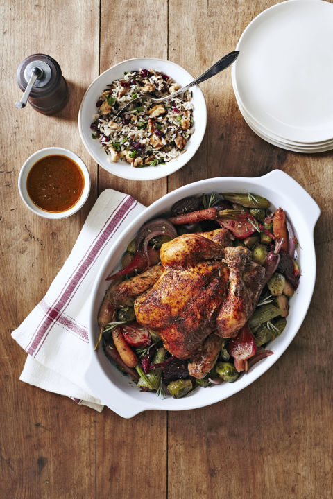 Need something healthy and hands-off? Look no further than this easy-yet-impressive dinner that's sure to please your whole flock. Recipe: Herbed Chicken With Beets and Brussels
