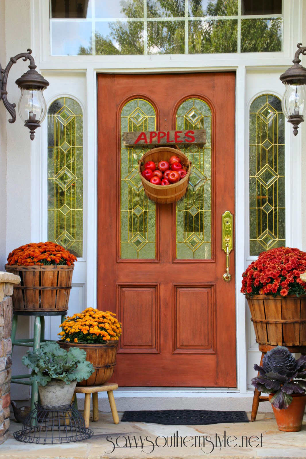 & 37 Fall Porch Decorating Ideas - Ways to Decorate Your Porch for Fall Pezcame.Com