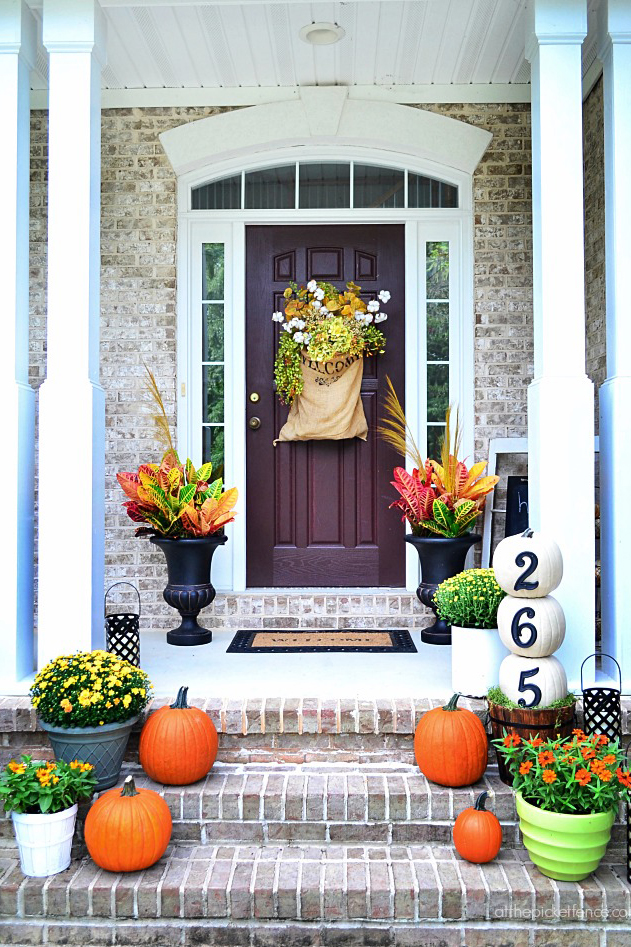 Fall Porch Decorating Ideas Ways To Decorate Your Porch For Fall - Front porch makeover ideas