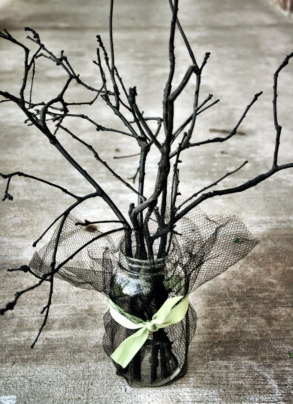 35 Halloween Mason Jars  Craft Ideas For Using Mason Jars For Halloween