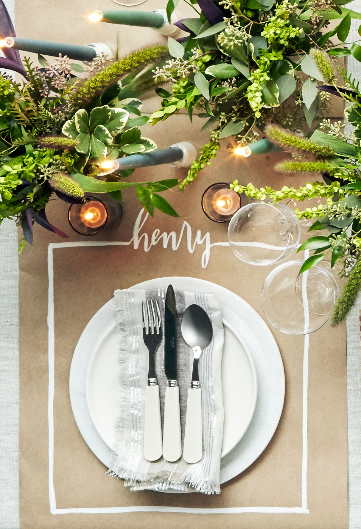 40+ Thanksgiving Table Settings - Thanksgiving Tablescapes & Decoration  Ideas