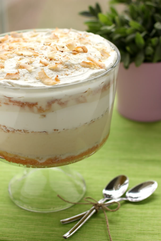 25 Easy Trifle Recipes Your Guests Will Love - How to Make a Trifle