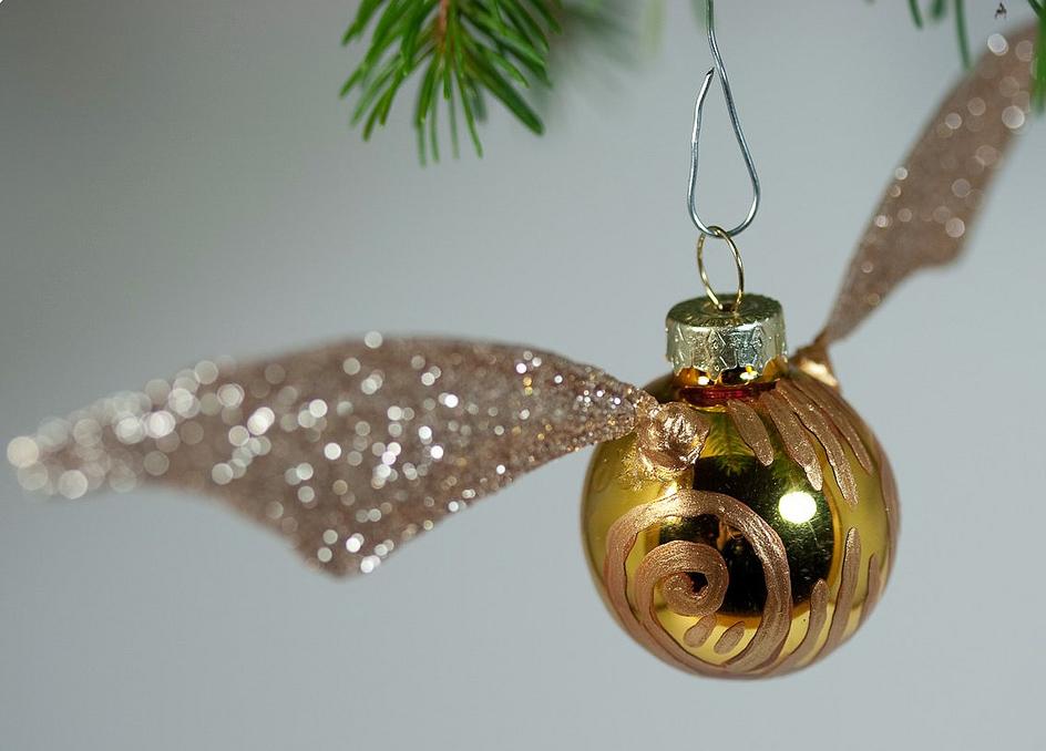 18 Best Harry Potter Ornaments - Harry Potter Christmas Tree Ideas