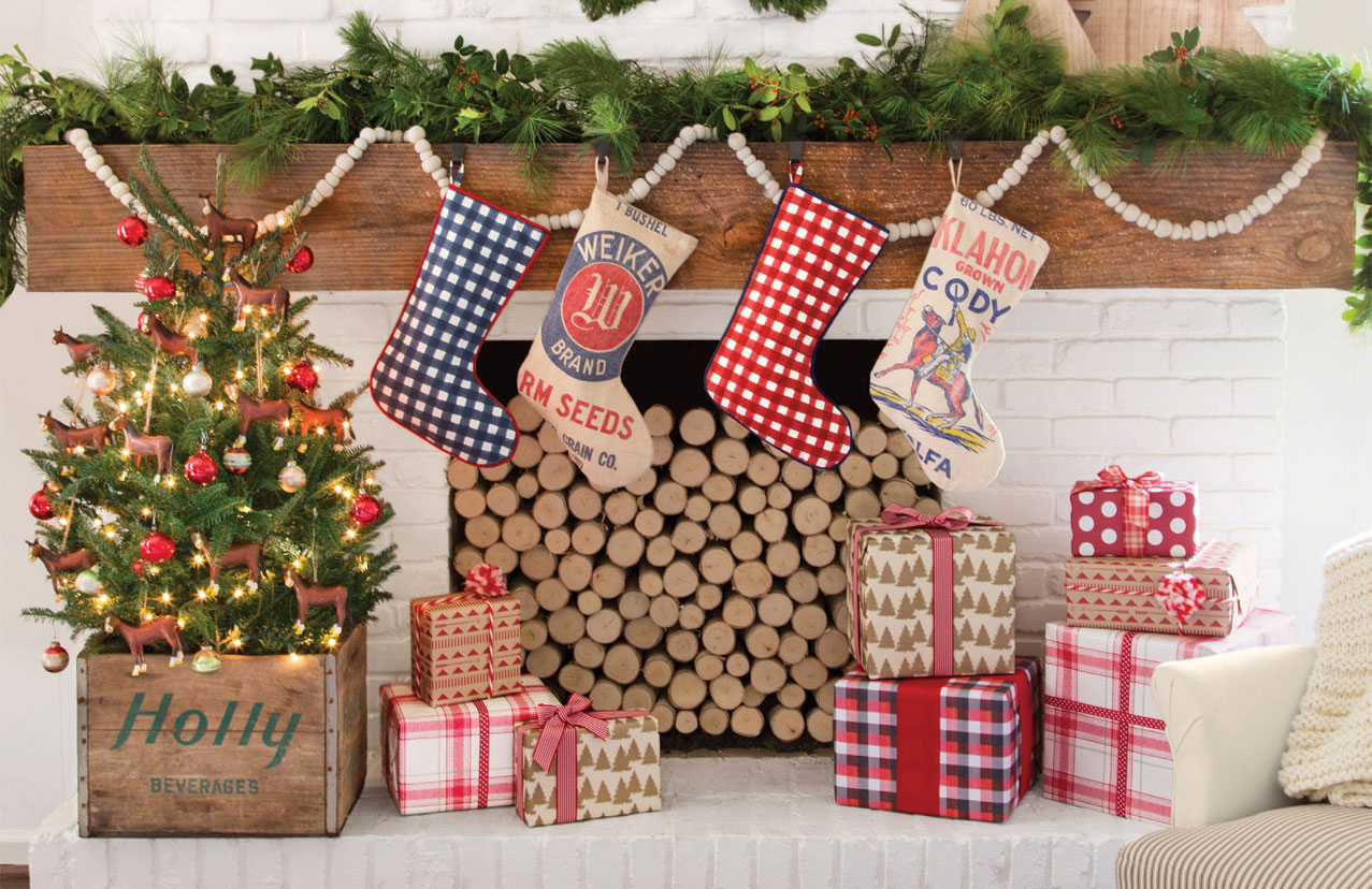 35 Country Christmas Decorating Ideas How To Celebrate Christmas In The Country