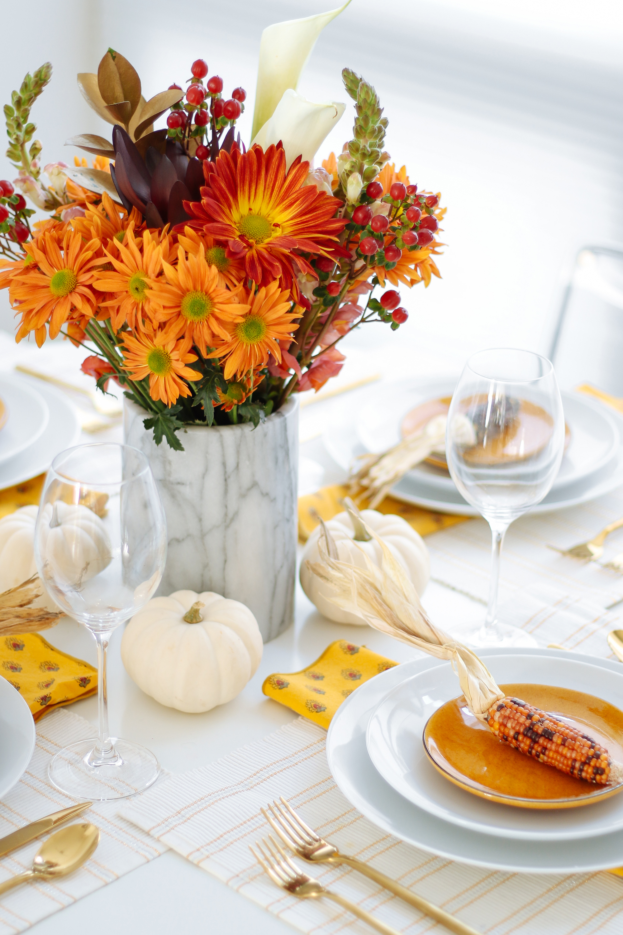 Thanksgiving centerpieces table decor
