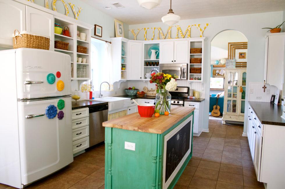 Handmade Home House Tour - Modern Farmhouse Decor