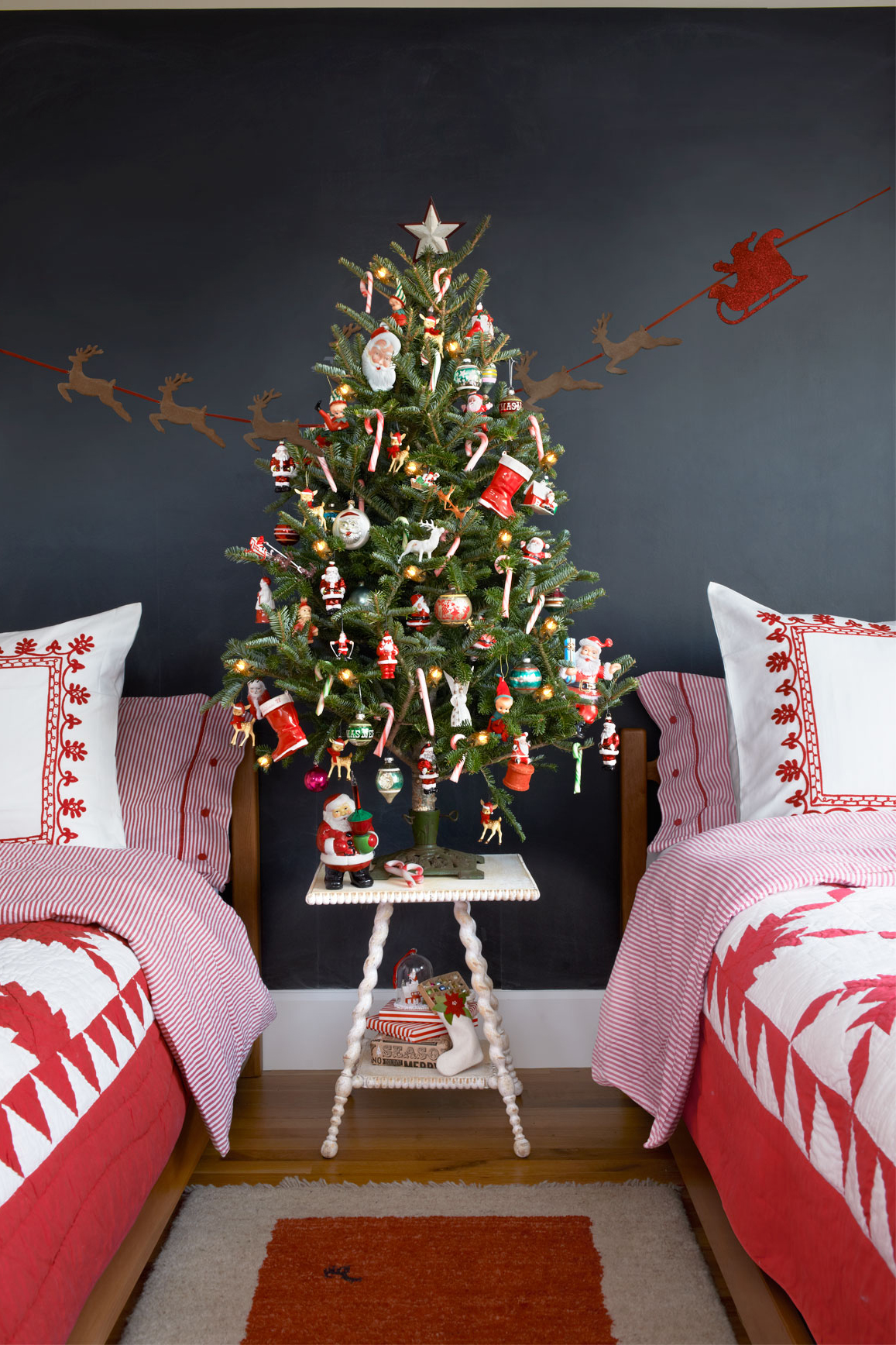 Non traditional christmas tree ideas - Non Traditional Christmas Tree Ideas 53