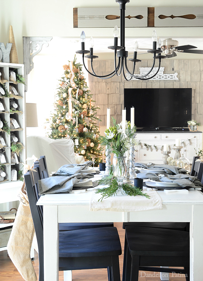 Blogger Christmas House Tour Decorating Ideas - How Bloggers ...