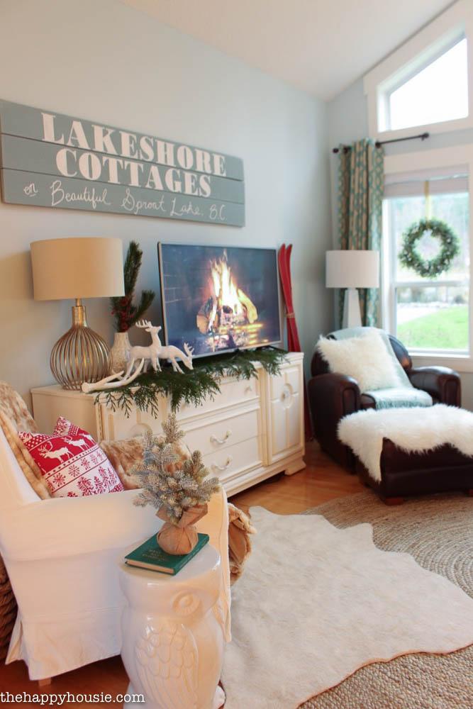 Blogger Christmas House Tour Decorating Ideas   How Bloggers Decorate For  Christmas
