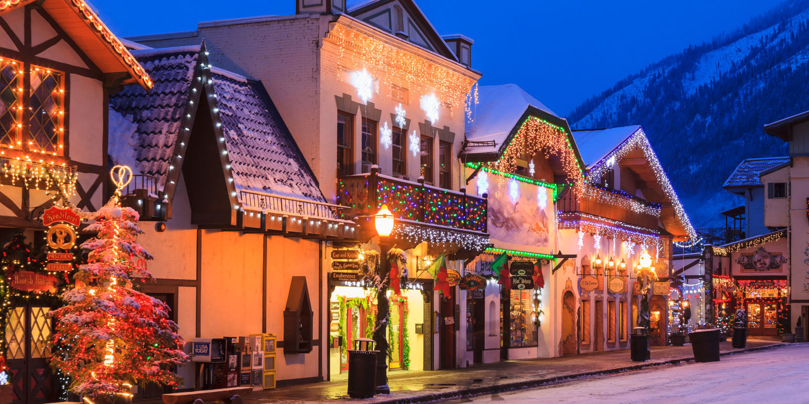 22 best christmas towns in usa best christmas towns in for Best christmas vacation ideas