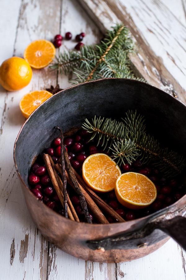 18 DIY Ways to Make Your Home Smell Like Christmas - Christmas Scents