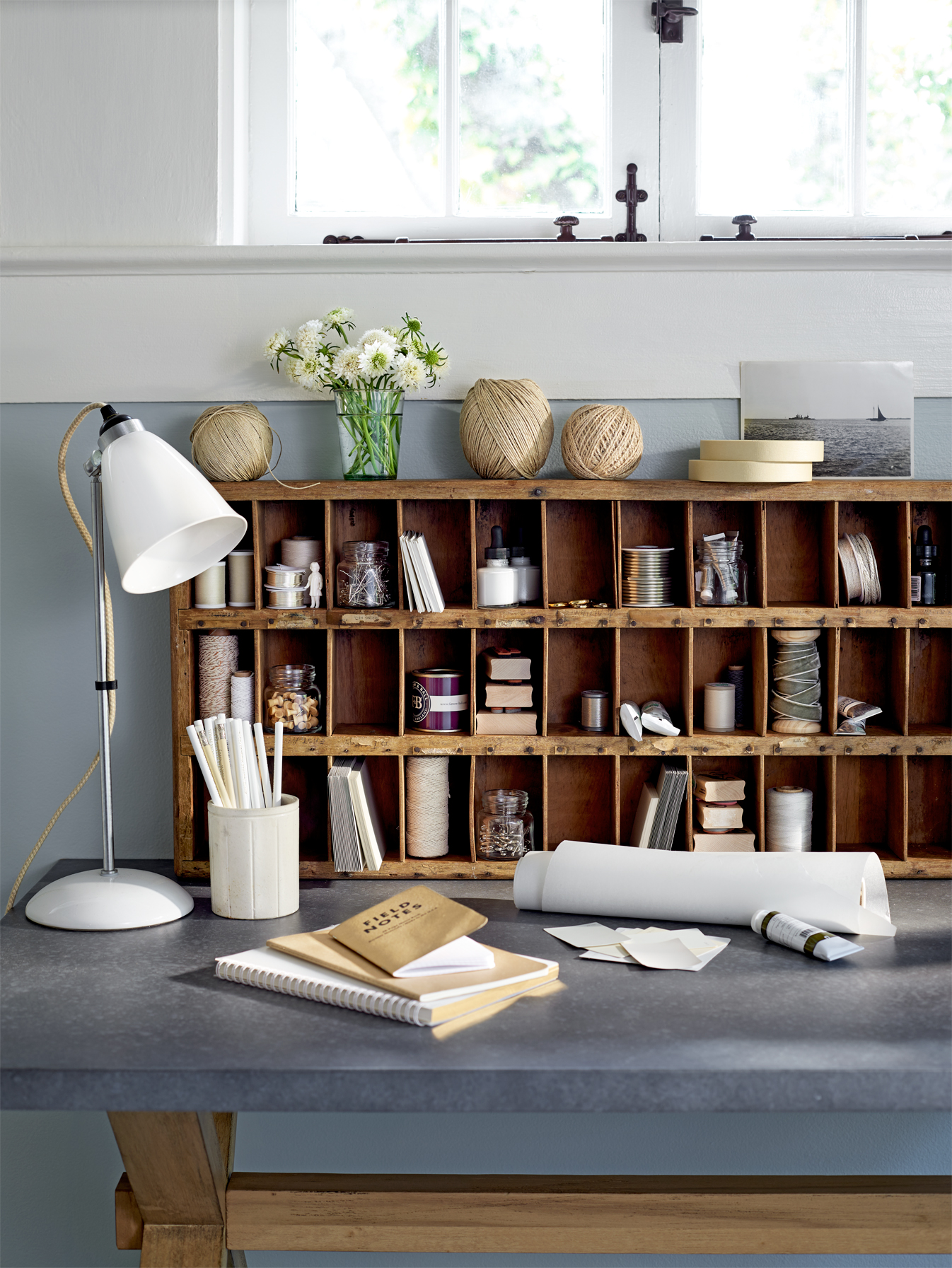 How to Organize Using Antiques - Decorating With Antiques