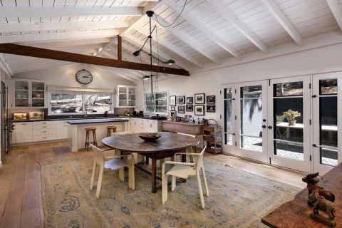 Ellen degeneres 39 country style ellen degeneres facts and for Ellen brotman interior designs