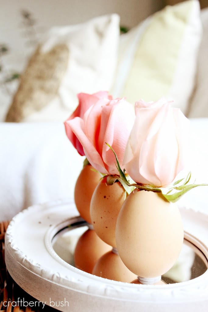 60 easy easter crafts ideas for easter diy decorations gifts country living - Easter Decoration