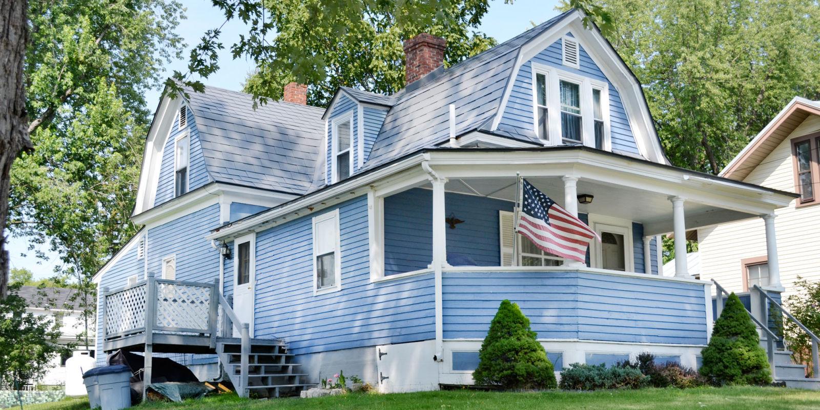 fixer uppers for sale labor of love homes. Black Bedroom Furniture Sets. Home Design Ideas