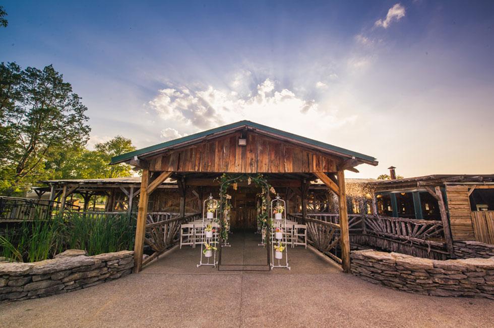 30 Charmingly Rustic Barn Wedding Venues