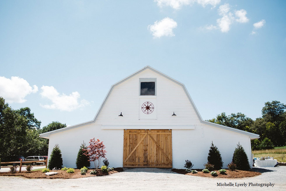 30 charmingly rustic barn wedding venues rustic wedding venues