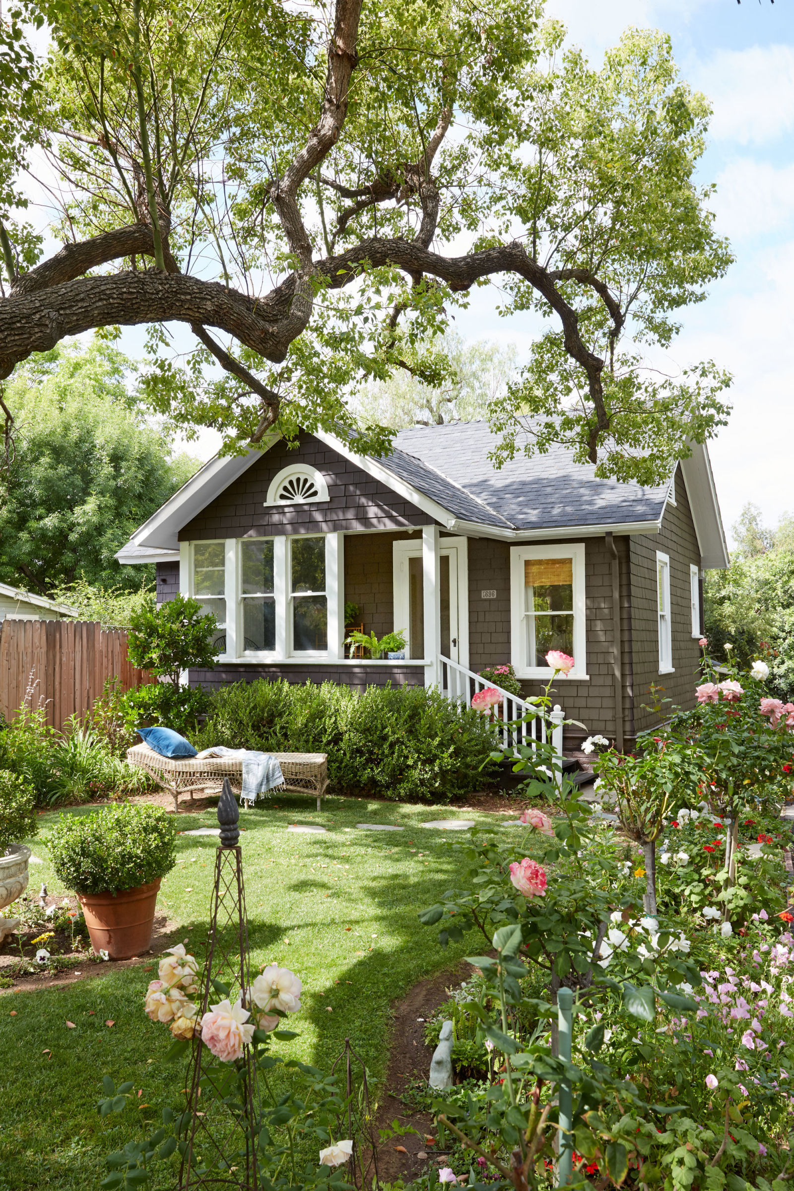Janet Korff Tiny Garden Cottage - Tiny Cottage Decorating Ideas