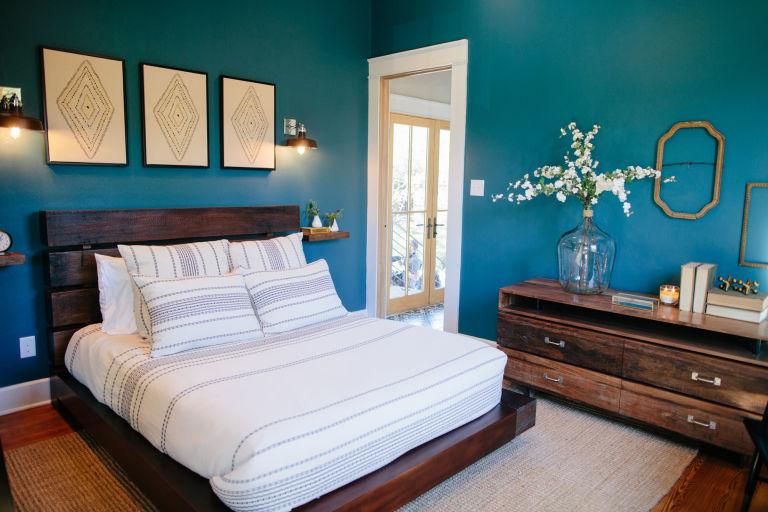 shotgun house interior. See How Chip and Joanna Totally Transformed Waco s Last Shotgun House Fixer Upper  Renovate Free