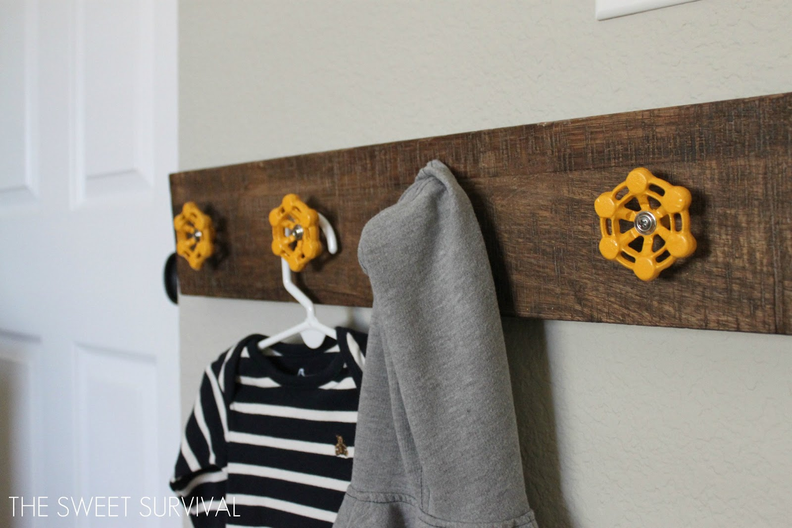 15 Clever Ideas For DIY Hooks